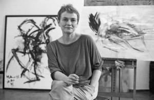 Foto: Klaus Mehner, Quelle: Bundesstiftung Aufarbeitung, Bärbel Bohley in ihrem Atelier 1988